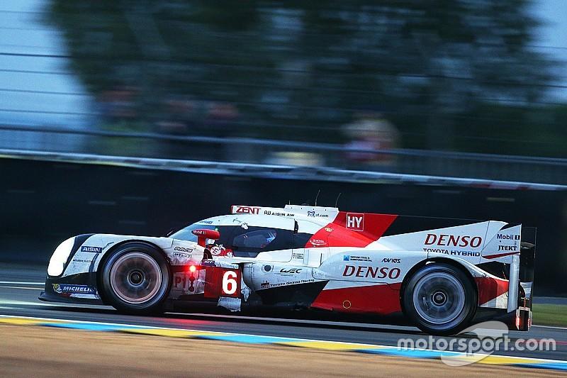 ル・マン24時間:夜が明け、レースは残り3分の1。トヨタ快進撃続く
