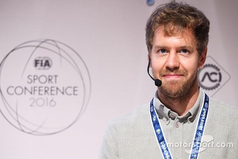 """Vettel: """"La F1 debe juntar velocidad, peligro y ruido"""""""