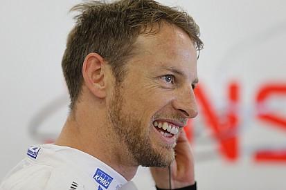 Button: McLaren şampiyona pozisyonunu önemsemiyor