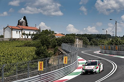 Qualifications - Monteiro enflamme Vila Real