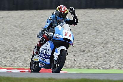 """Loi baalt van """"trilling"""" en regen in kwalificatie Moto3"""