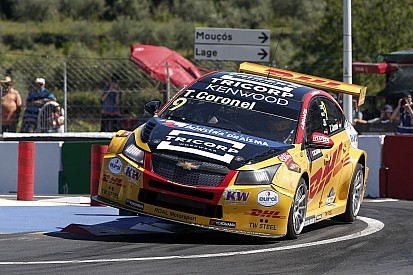 Course 1 - Tom Coronel emmène la procession