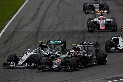 McLaren: Honda 2017 yılında Mercedes'e çok yakın olacak