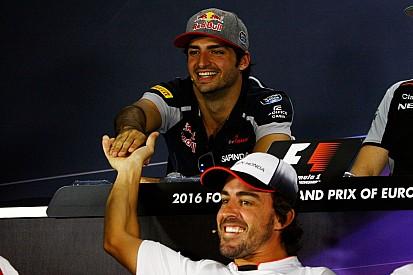 Alonso felicita a Sainz y cree que acierta renovando