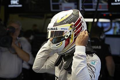 "Hamilton, sifflé sur le podium : Nico ""m'a percuté"""