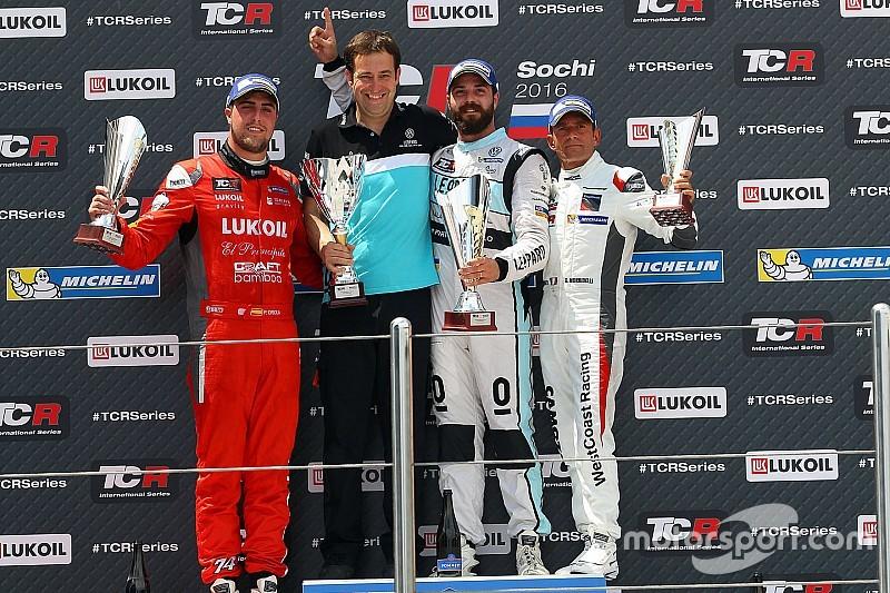 """Comini: """"Vittoria merito della Leopard Racing, io ho spinto al limite la Golf"""""""
