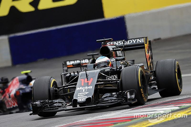 Alonso podría tener un motor mejorado en el GP de Gran Bretaña