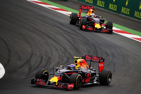 Ricciardo intrigué par son manque de rythme face à Verstappen