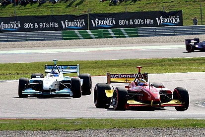 Andrettis, Bourdais, Rahal and more pay tribute to Carl Haas