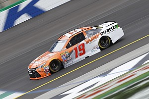 NASCAR Cup Reporte de prácticas Edwards lidera la práctica inaugural en Kentucky