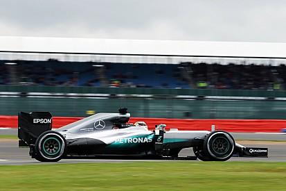 EL1 - Mercedes débute son week-end dans un autre monde