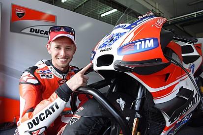 """Stoner: foco é ajudar Lorenzo a """"conhecer e entender"""" Ducati"""
