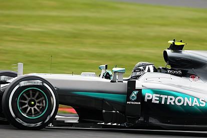 """Mercedes a """"joué la sécurité"""" pour Rosberg"""