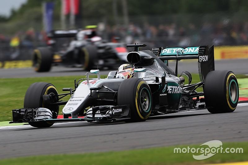 Hamilton da record a Silverstone, mentre Vettel è a due secondi!