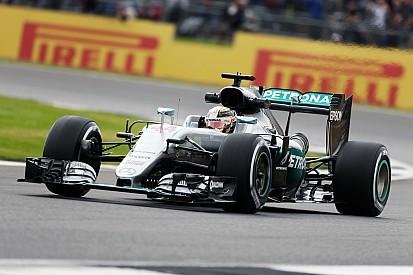 """Hamilton revient à quatre points de Rosberg - """"Je le rattrape"""" !"""