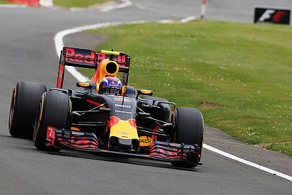 "Verstappen remercie Red Bull d'avoir ""une si bonne voiture"""