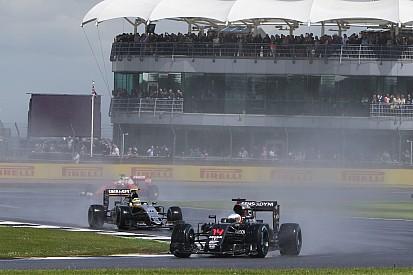"""Alonso devait """"inventer des endroits"""" où dépasser"""