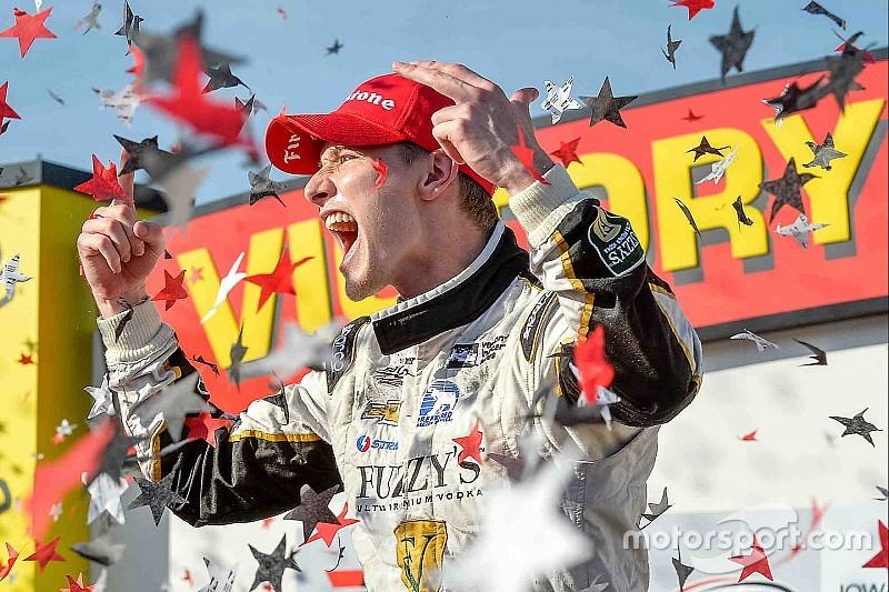 Geblesseerde Newgarden domineert op Iowa Speedway