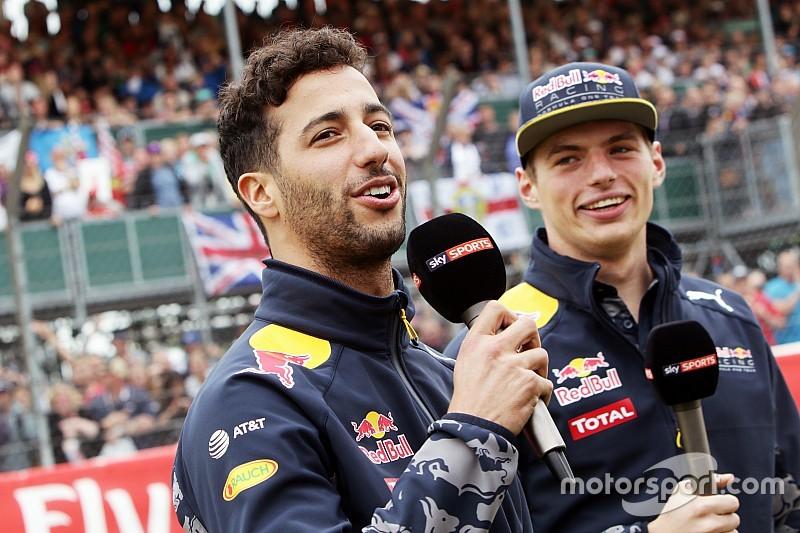 Verstappen inspira a Ricciardo, no le deprime, dice Horner