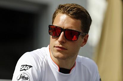 Vandoorne terug in de McLaren MP4-31 voor tweede testdag Silverstone