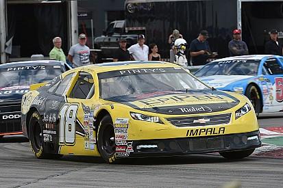 Alex Tagliani remporte la course de la série NASCAR Pinty's à Toronto