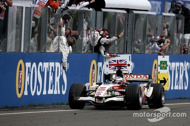 Hongrie 2006 - Button enfin dans le cercle des vainqueurs