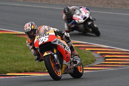 Pedrosa kon door mechanisch probleem strategie Marquez niet volgen