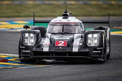 Porsche avec un nouveau kit aéro sur le Nürburgring