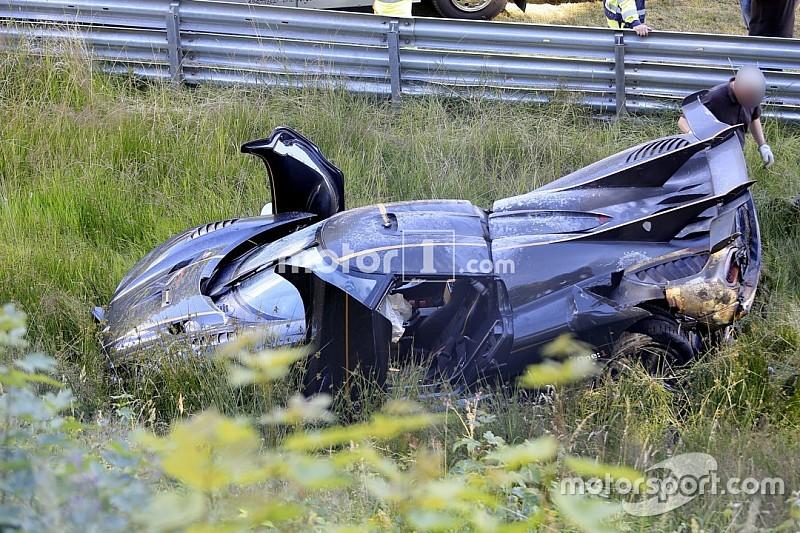 Crash auf der Nordschleife: 1.300-PS-Supersportwagen zerlegt