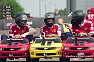 VIDEO: Jugadores del Manchester United en mini coches