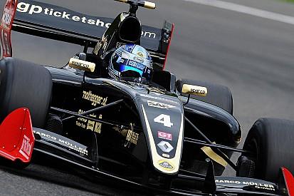 Vittoria con giallo per Roy Nissany in Gara 1 a Silverstone