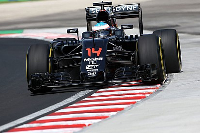 """Alonso ärgert sich über Dreher: """"Hätte vor Vettel landen können"""""""