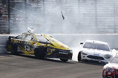 Video: Die Highlights des NASCAR-Rennens in Indianapolis