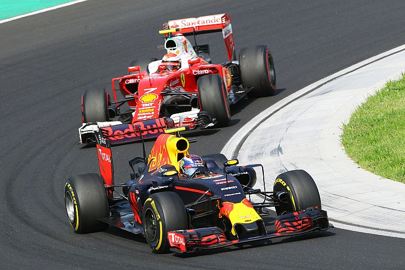 Red Bull quiere irse de vacaciones por delante de Ferrari