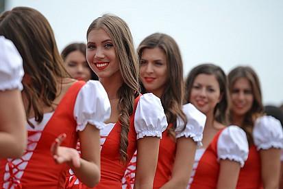 Grid Girls húngaras esquentam ainda mais clima da F1