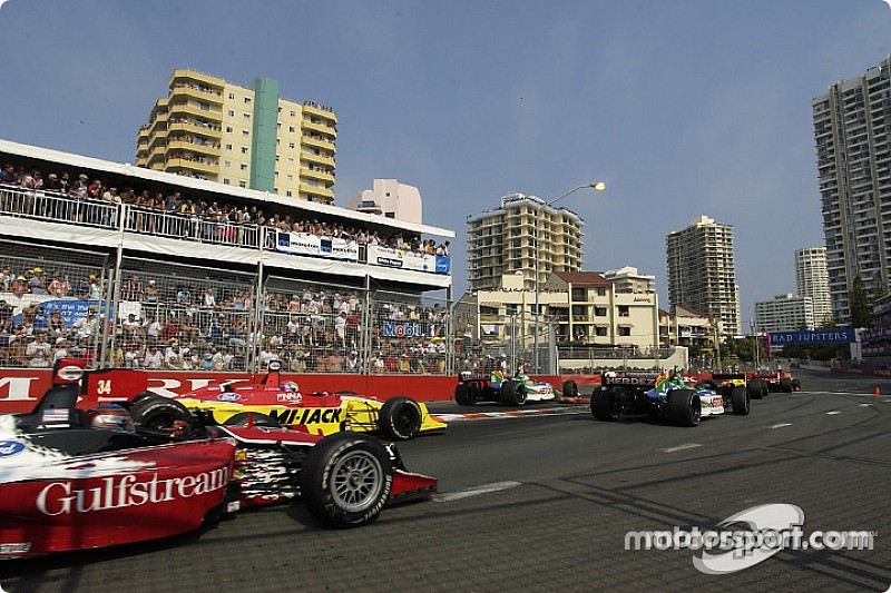IndyCar wants Surfers Paradise but in February, says Miles