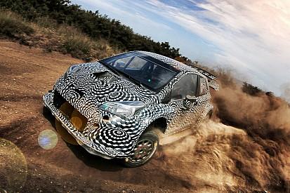 Premiers essais prometteurs pour Toyota, Mäkinen au volant!