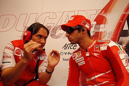 Marco Melandri acompañará a Chaz Davies en el Ducati oficial del WSBK