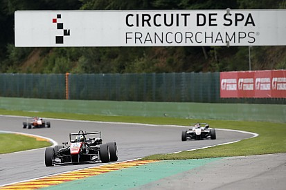 Joel Eriksson si impone in Gara 3 a Spa-Franchorchamps
