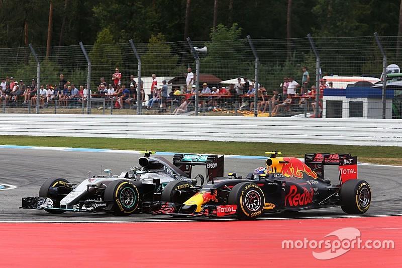 Falha no cronômetro fez Rosberg pagar mais tempo de punição