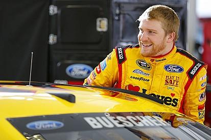 Chris Buescher logra su primera victoria en NASCAR