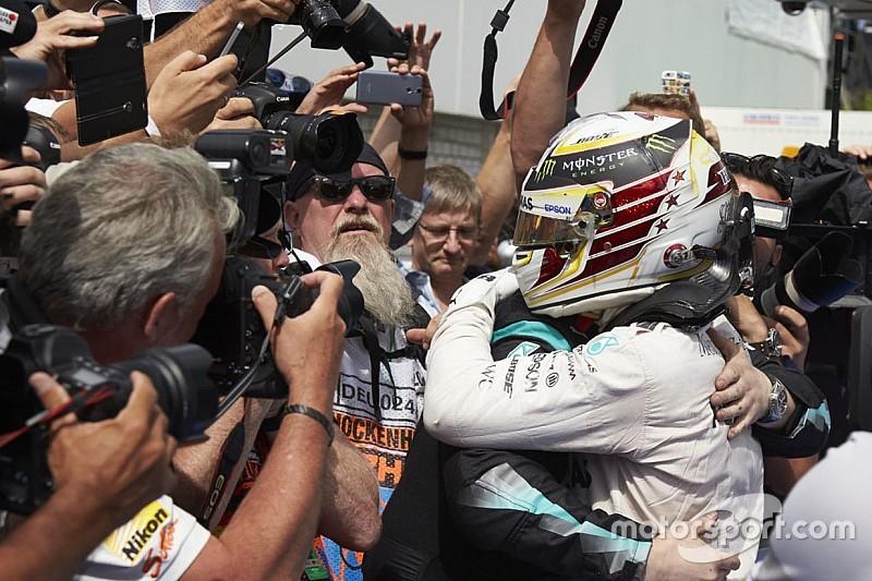 """Hamilton: """"Motor in tweede of derde ronde al teruggeschroefd"""""""