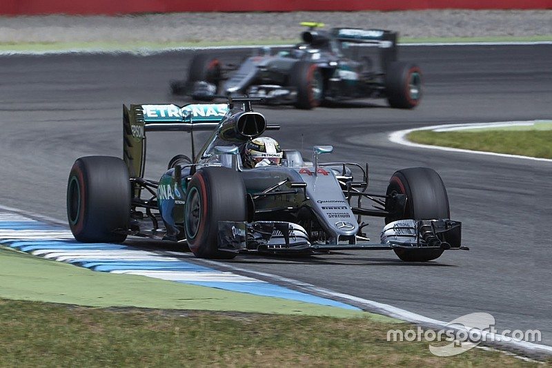 ハミルトン「2周目か3周目からエンジンを労って」ドイツGPを勝利