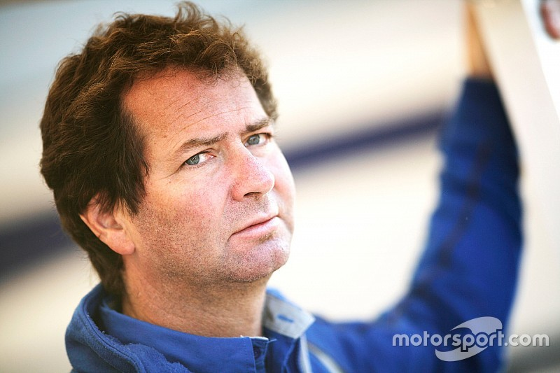 "Carlin aims for IndyCar ""when we can do it right"""