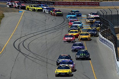 Grosjean prefere limites de pista iguais aos da NASCAR