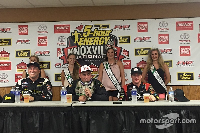 Kaeding wins Thursday night A main at Knoxville