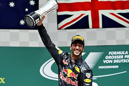 """Ricciardo: """"Max me levou a outro nível"""""""