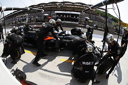 Vídeo: McLaren mostra a arte do pit stop