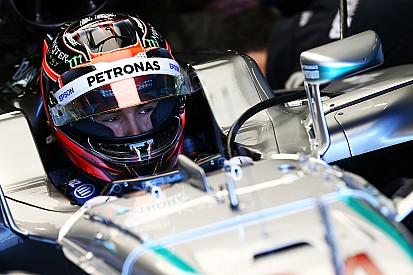 Ocon si prepara per Spa sul simulatore della Mercedes