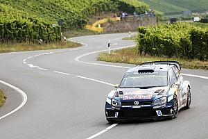WRC Rapport d'étape ES5 - Mikkelsen toujours leader avant un gros samedi